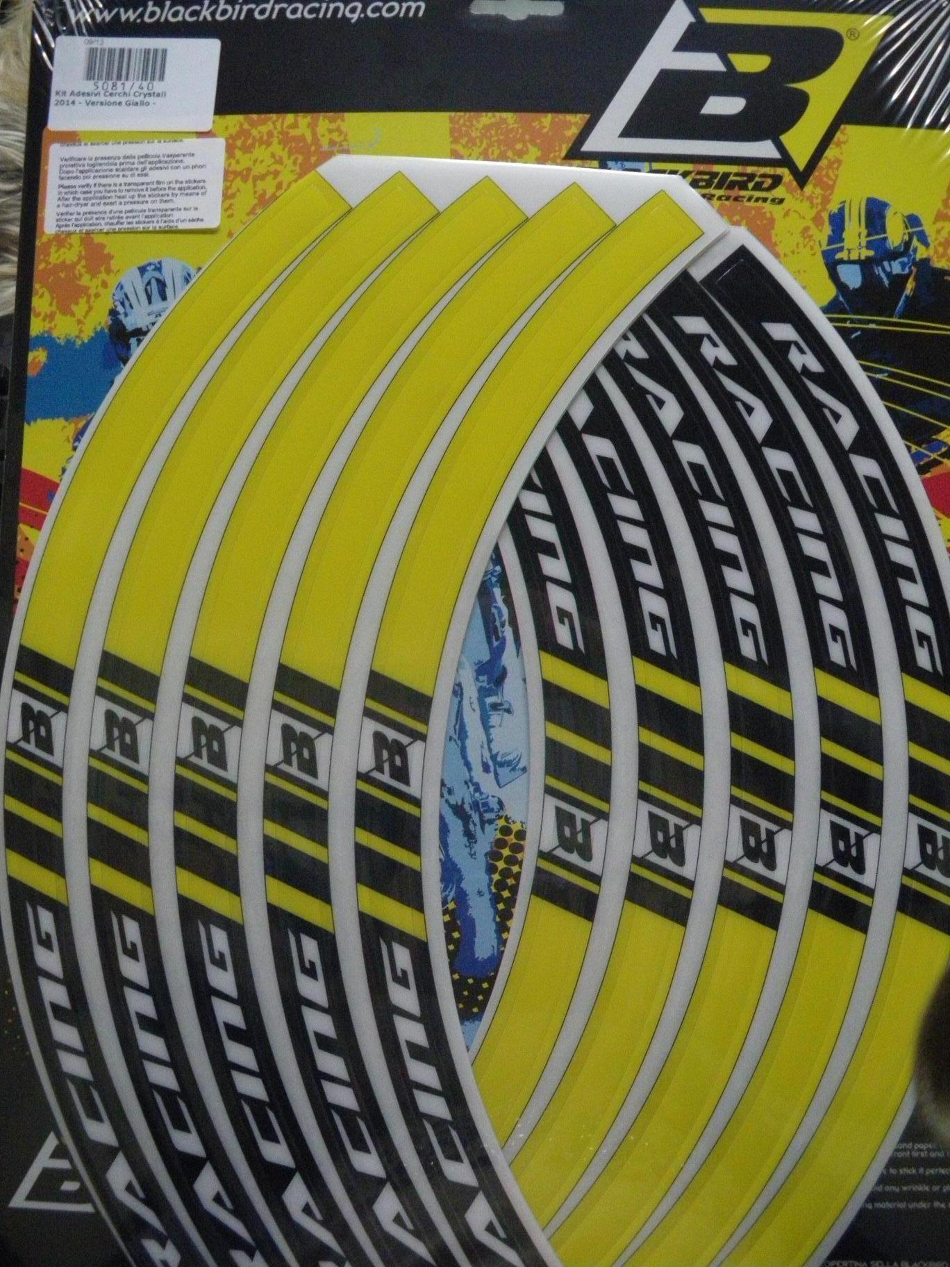 kit-adhesivos-llanta-amarillo-blackbird